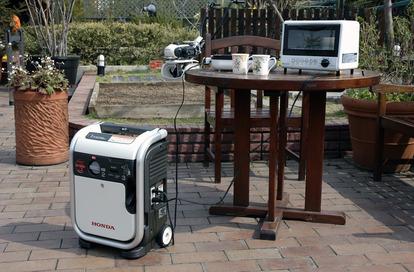 災害の多いいま「小型発電機」に注目が集まる! 燃料に騒音など「アウトドア」でも使うなら「正解の選び方」とは?