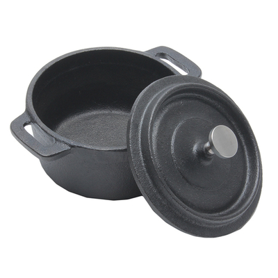 「鋳鉄ココット S」価格:869円/サイズ:W12.7×D10×H8cm/直火・オーブン可(本体のみ)、電子レンジ・IH不可※フタはオーブン不可