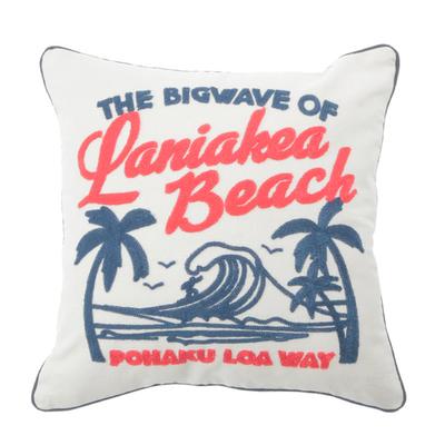 「刺繍クッションカバー Beach」価格:1,078円/サイズ:W45×H45cm