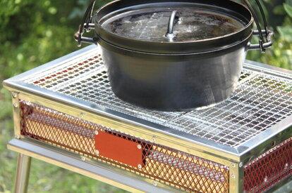 ダッチオーブンでキャンプ飯のレパートリーを増やそう