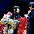 『太田基裕、妖艶な女主人役で阪本奨悟とともに美声響かせる「xxxHOLiC」開幕(New!!)』のサムネイル